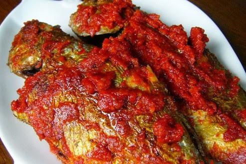 Ikan Balado ( Ikan Cabe )