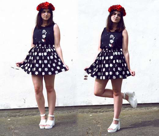 kiss tee, kiss, rock, rock chic, hippy, hippie, flower child, 70's look, hippy outfit, daisy printed, skater skirt, hearts and bows, ark clothing, rose crown, flower crown, red rose crown, flower headwear, flower headpiece, floral headwear, festival headwear, white chunky heels, uk fashion, fashion blogger, uk fashion blogger