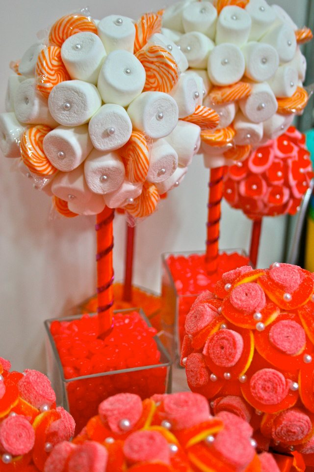 The worlds cutest candy centerpieces arrangements