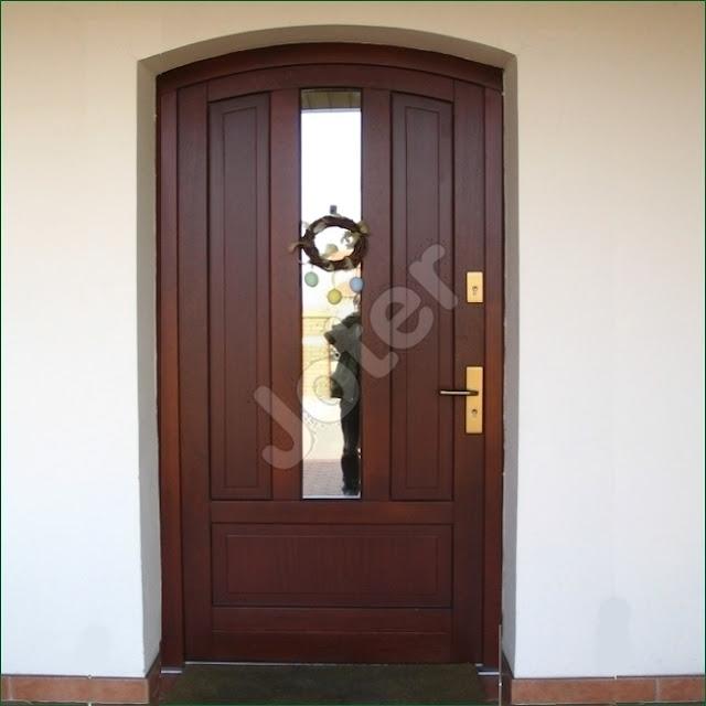 drzwi zewnętrzne, drzwi wejściowe, drzwi drewniane,