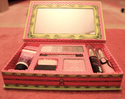 Benefit I'm glam therefore I am beauty kit