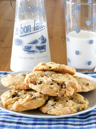 Vegan White and Dark Double Chocolate Chip Cookies