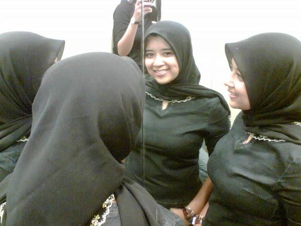galery foto cewek pabrik tudung jilbab cute sexy dormitory muka kuning ...