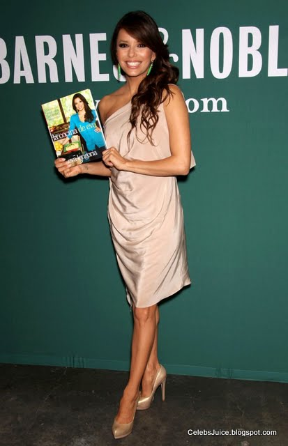 Eva Longoria - Barnes & Nobles in Los Angeles-9
