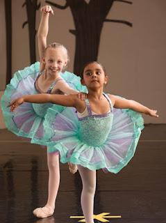 Begitu Menakjubkan! Ternyata Balet Memiliki 13 Manfaat Untuk Tubuh