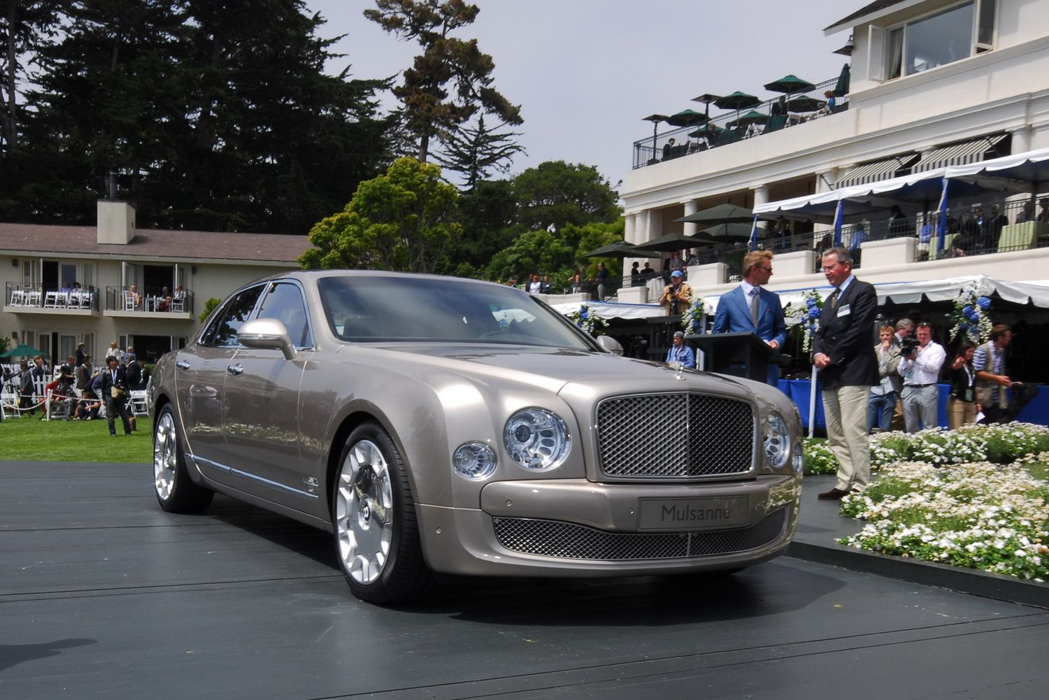 2011 bentley mulsanne cars news review. Black Bedroom Furniture Sets. Home Design Ideas