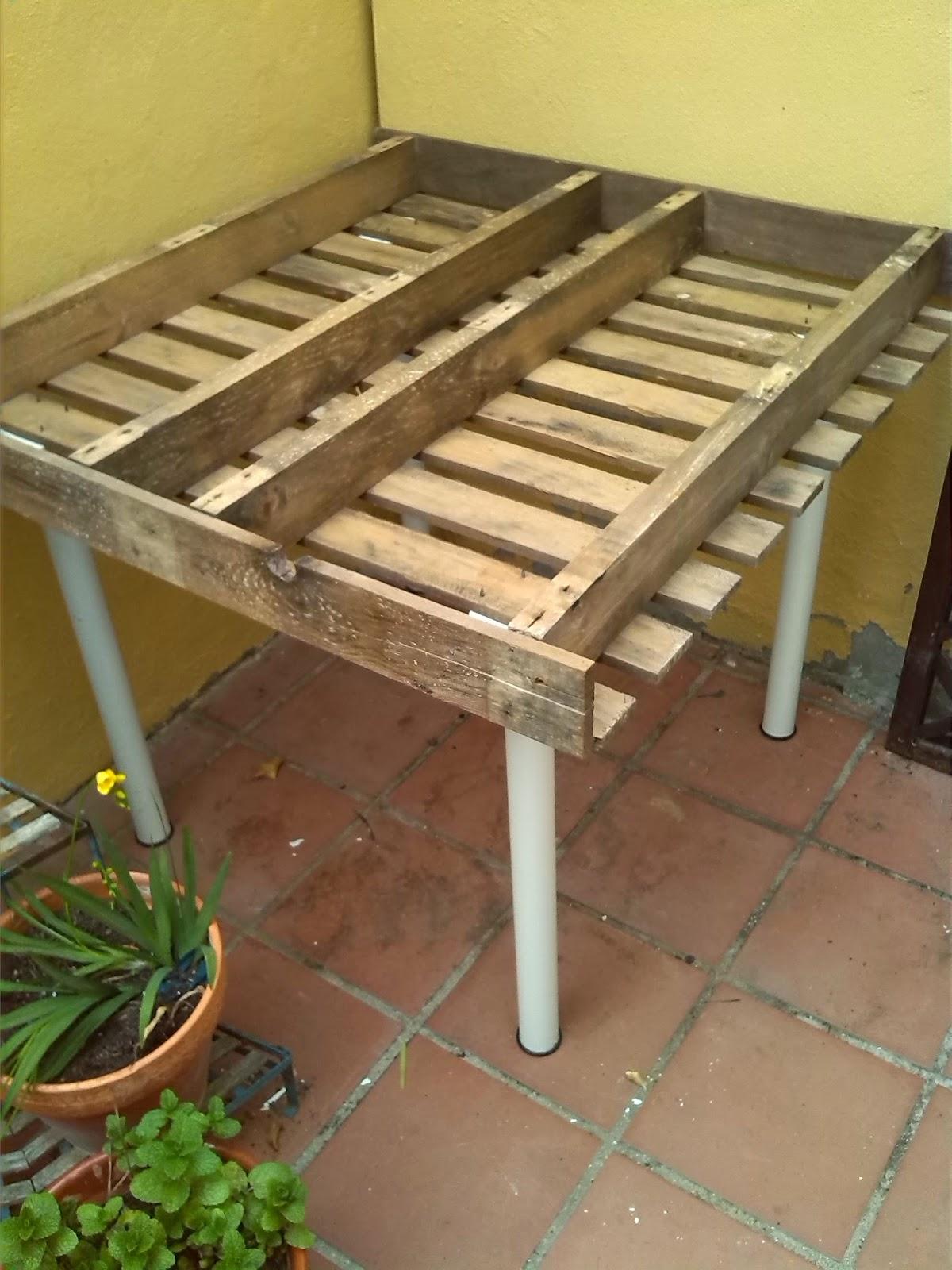 Servilletas decoupage nenoska mesa de cultivo reciclaje - Mesa de cultivo leroy ...