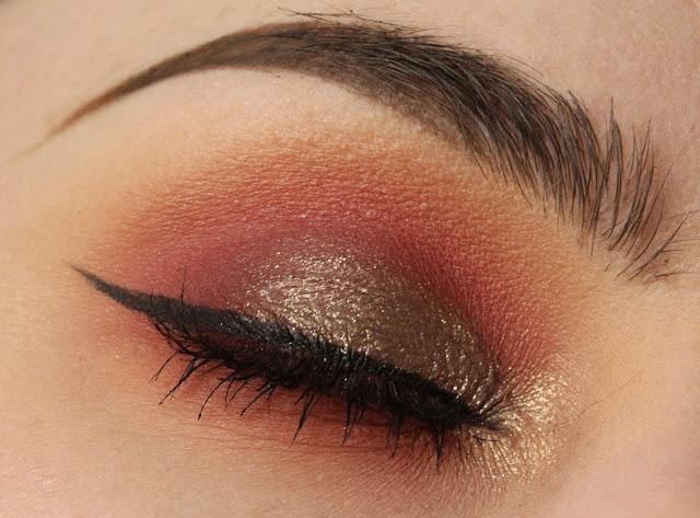 Red smokey autumnal look with Makeup Geek