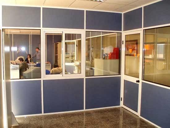 Mampara de oficina instalada por Diesur