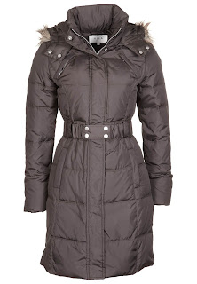 V1021H00Z 703@1.1 Cold Weekend   Cosy Coat