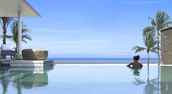 Liburan Di Pantai Seminyak Bali Memang Menyenangkan Apalagi Banyak Fasilitas Yang Bisa Anda Dapatkan Bukan Hanya Untuk Menikmati Akhir Tahun Namun