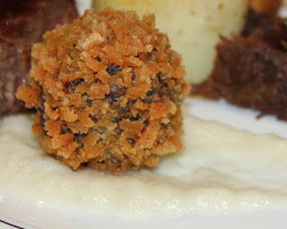 BBQ BEEF BALL IN BREADCRUMBS
