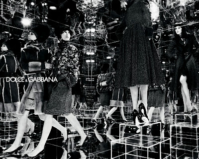 Dolce and Gabbana Girls Mirrors Black and White Photography Ad HD Wallpaper