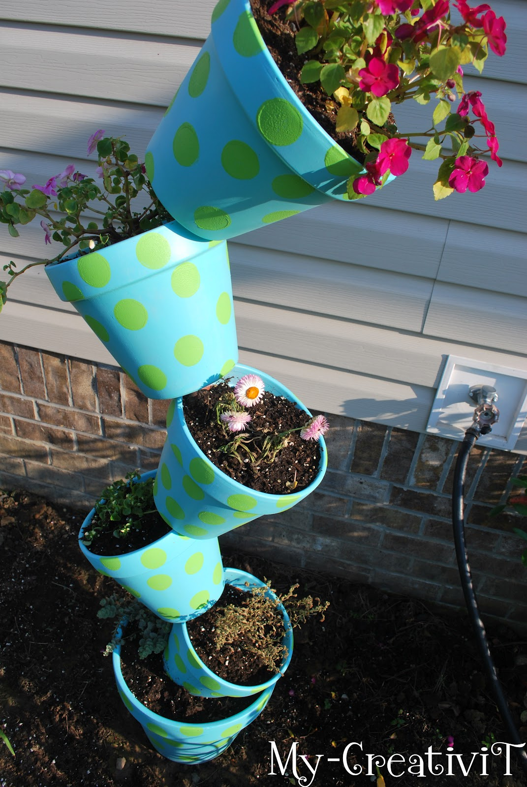 My Creativit Diy Tipsy Stackable Pot Planter