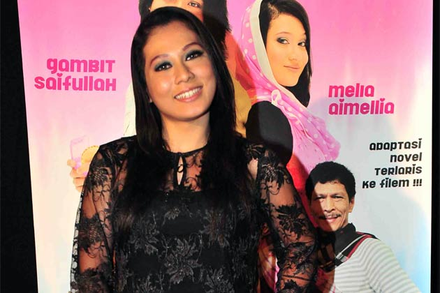 Melia Aimellia Seksi Hot Nafi Beraksi Lucah