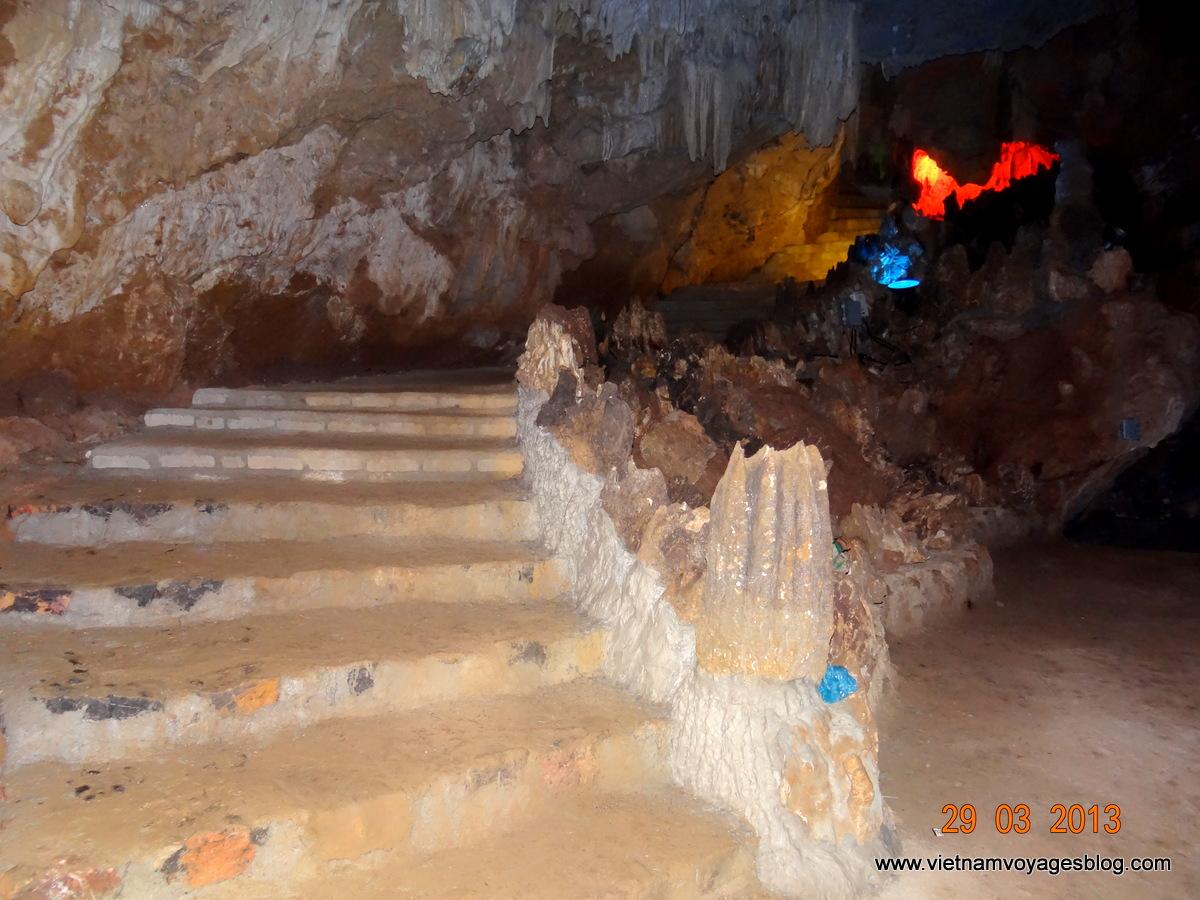 Khám phá Động Thiên Hà ở Ninh Bình