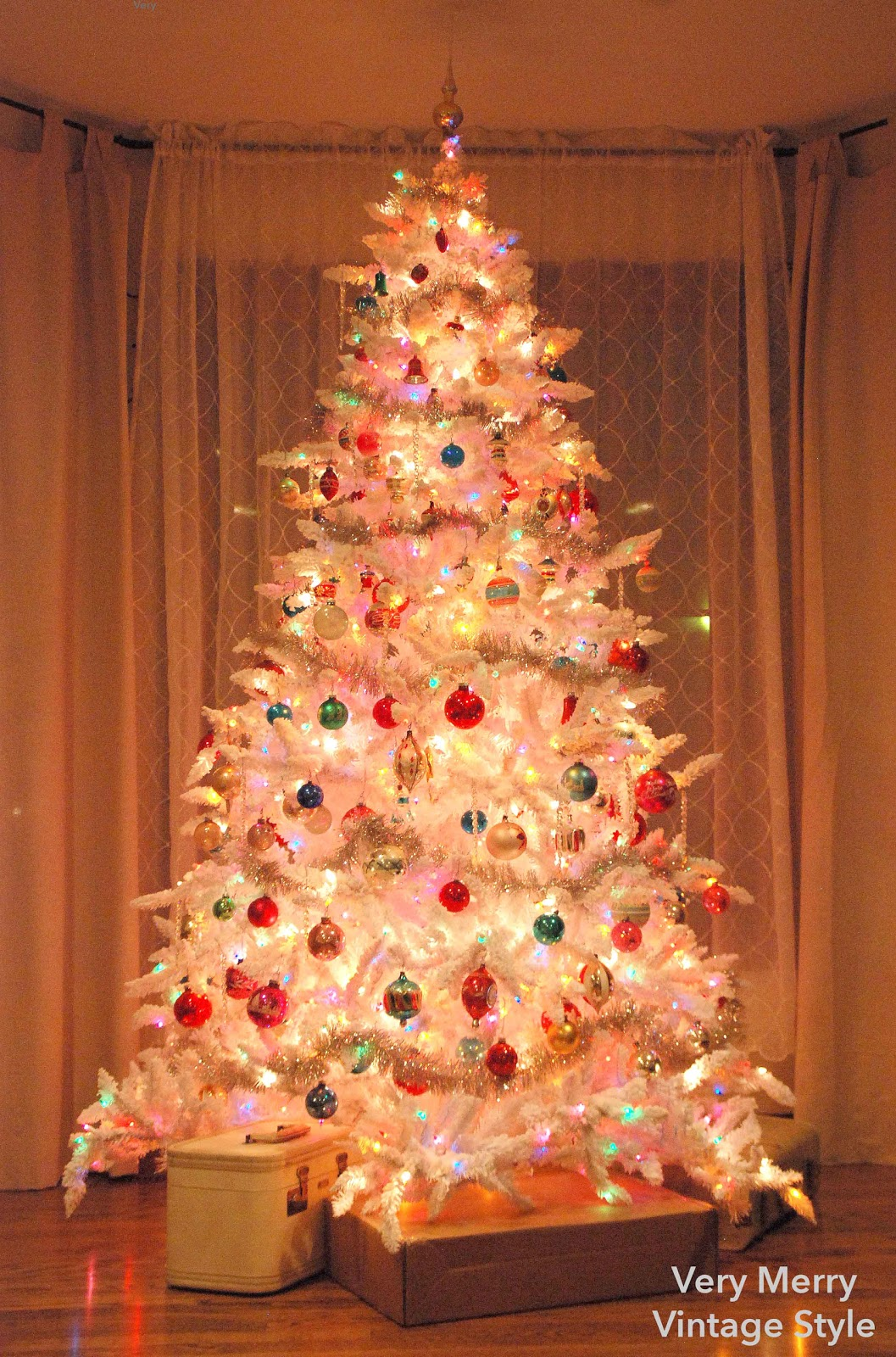 White Christmas Tree Multicolor Lights – Merry Christmas And Happy ...
