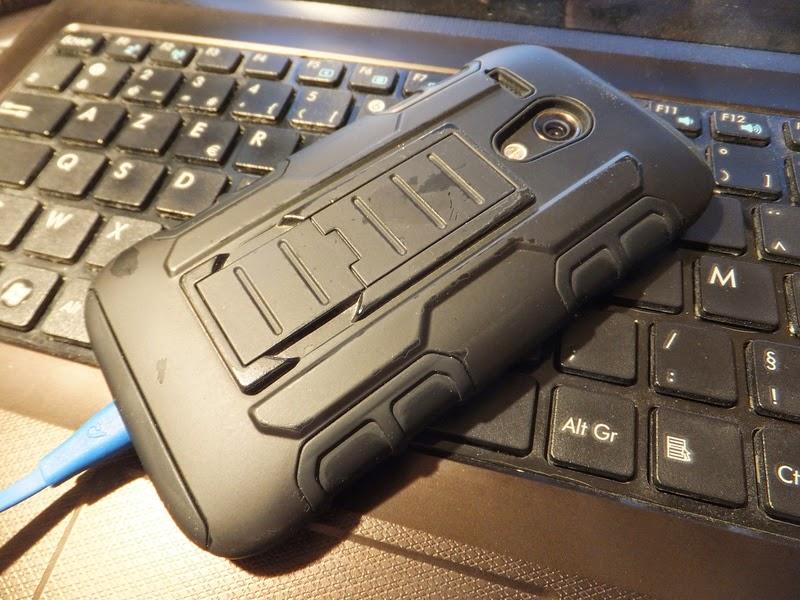 Scratches on MotoG cheap Heavy duty case