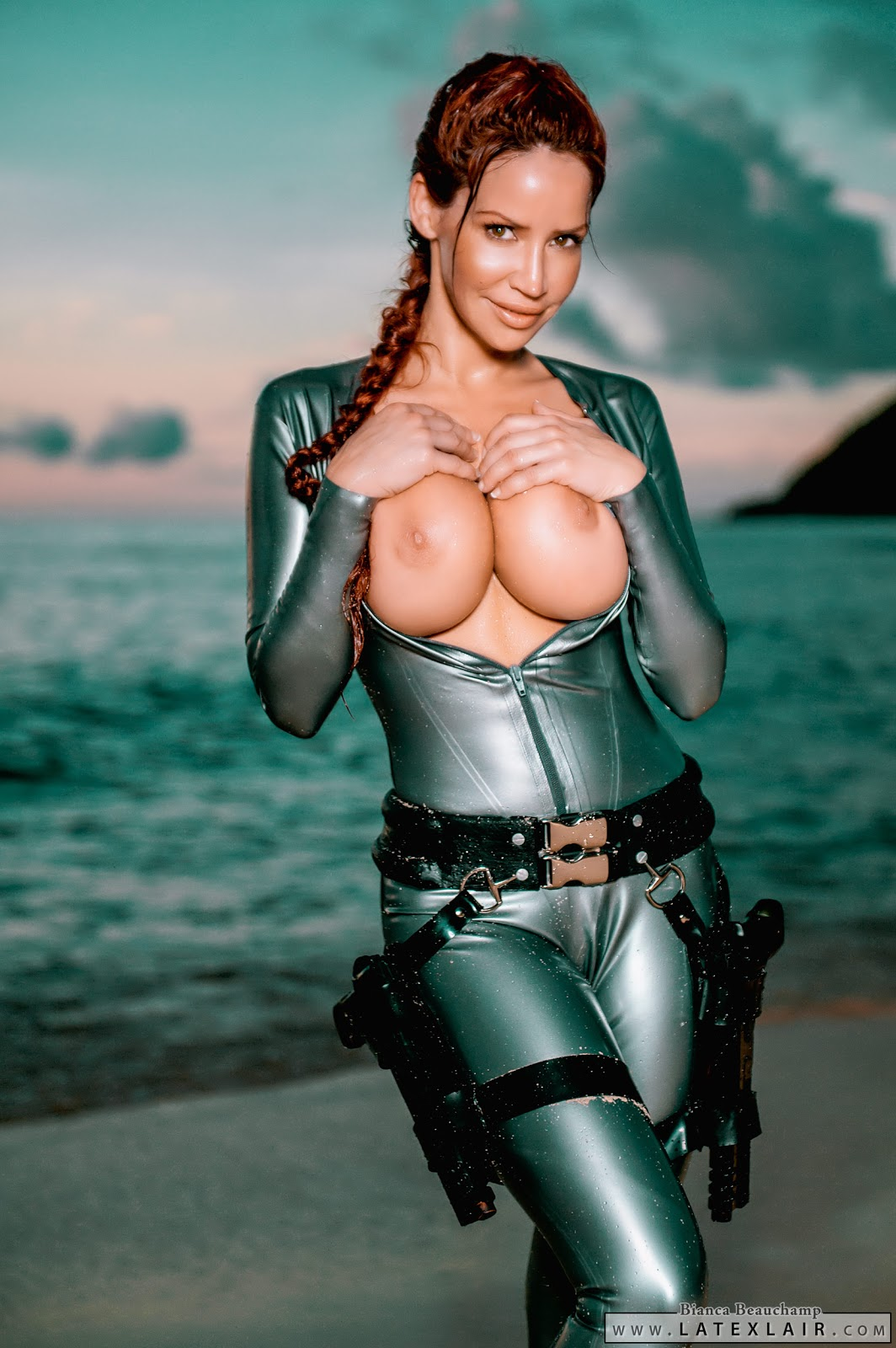 Lara croft naked good quality hentai pictures