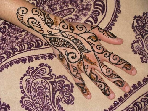 Posted by Latest Update Mehndi Designs Saturday 28 January 2012