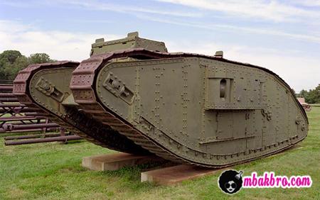 penemu tank