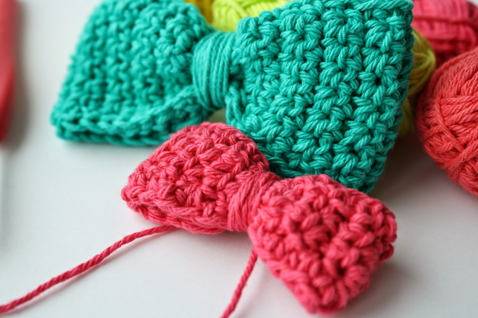 Busy Fingers Busy Life Pattern Crocheted Bowtiegehaakt Strikje