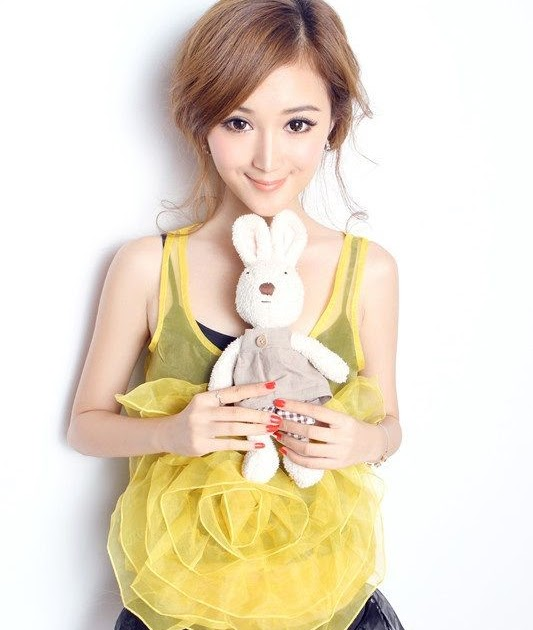 The Iskandaloso Group - The Cutest and Sexiest Asians: Xie