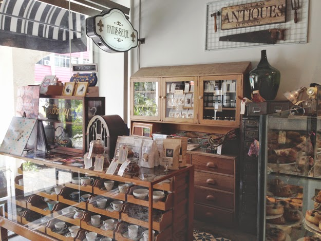The Interior Is Ah Dorably Vintage And Every Spot Is A Photo Worthy  Background. Which Honestly, One Of The Reason I Want To Visit So Bad (Iu0027m  Shallow, ...
