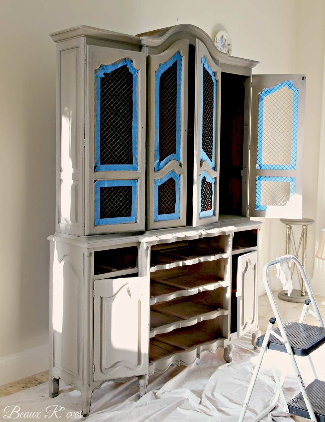 Living Room Hutch : Beaux R'eves: China Hutch for the Living Room