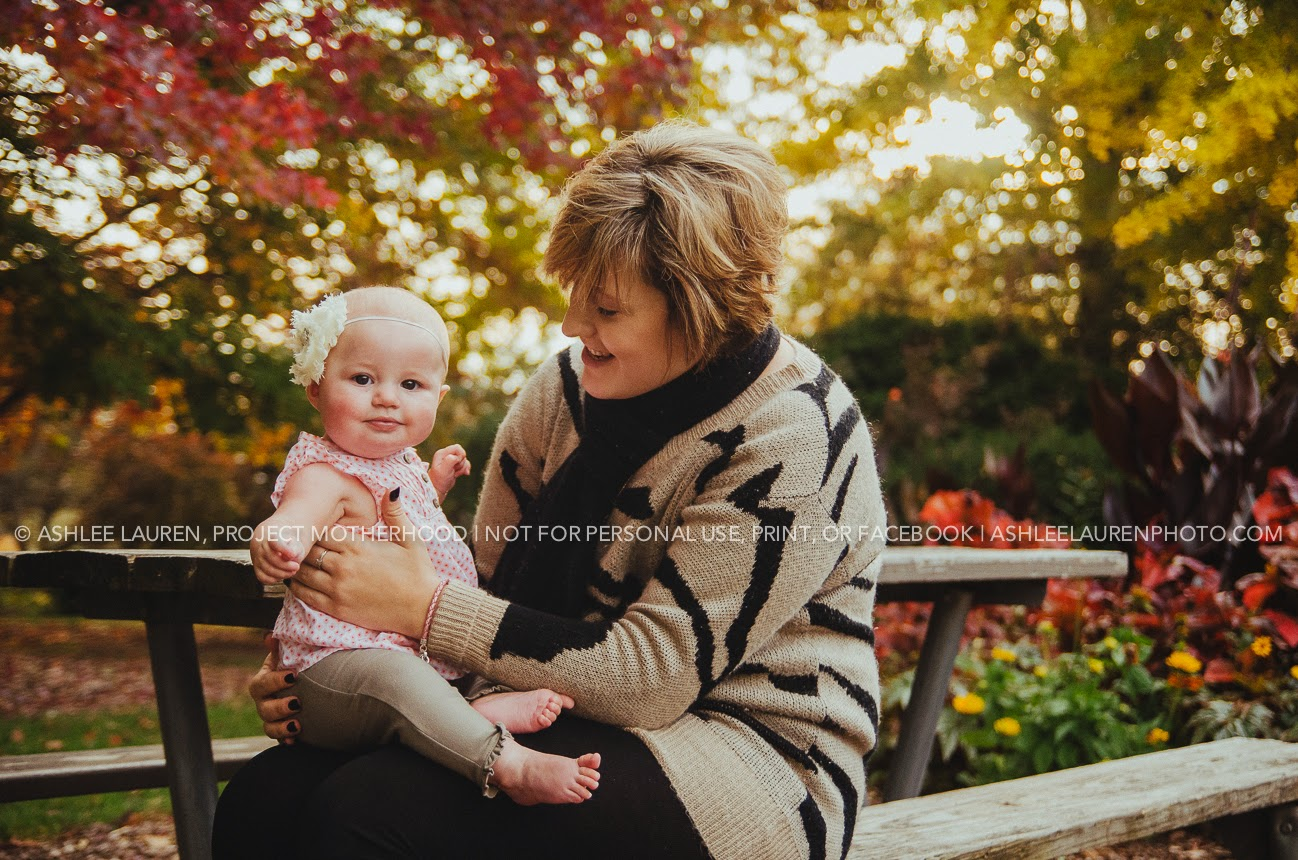 natural light photographer in indianapolis for famlies, babies, and children