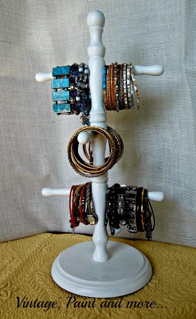 Tweak It Tuesday - bracelet organization, organization, organizer for bracelets, DIY bracelet organizer