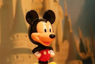 Gambar Boneka Mickey Mouse Lucu 13