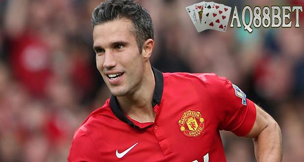 Bandar Bola - Sepertinya kebersamaan Robie van Persie dengan klubnya Manchester United tak akan lama lagi setelah ia dikabarkan sudah setuju untuk bergabung dengan raksasa Turki, Fenerbahce.