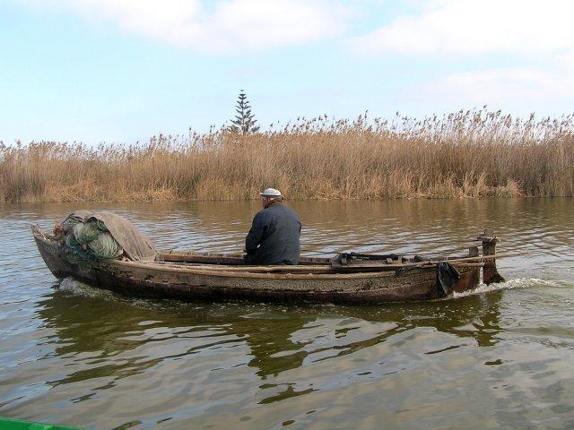 Pescador tradicional de la Albufera