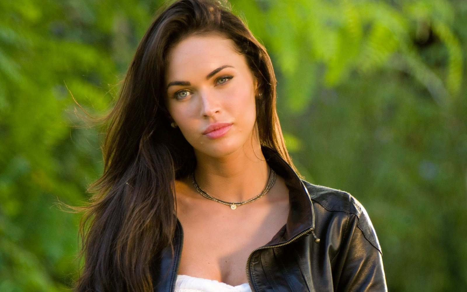 Megan fox best model images celebrities hot wallpapers for Foto top