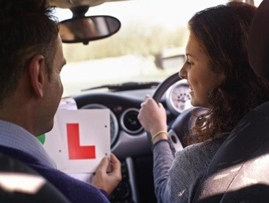 μαθήματα οδήγησης με αντάλλαγμα το sex