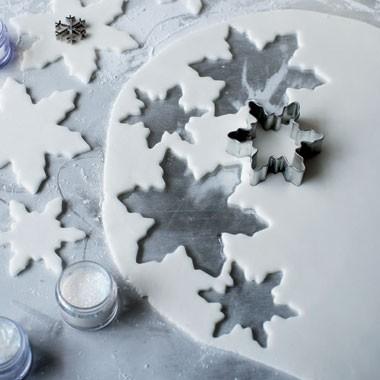 Christmas Cake Decoration Delia Smith : : Delia Smith s Christmas Cake for 2011