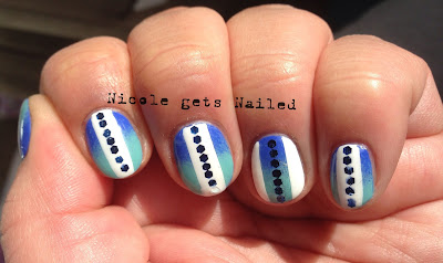 Blue Gradient with White Stripes and Glequins