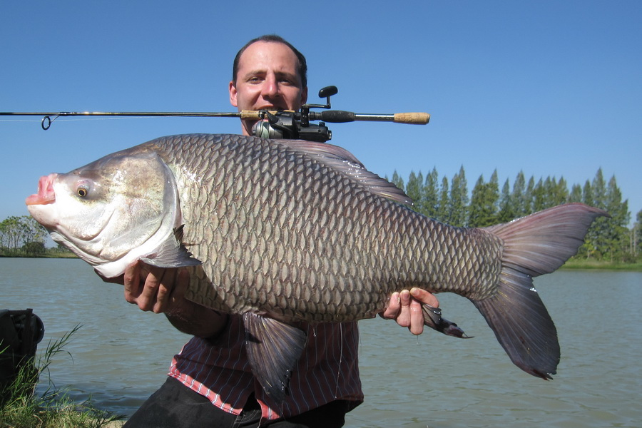 International fishing news 2011 12 for The biggest fish