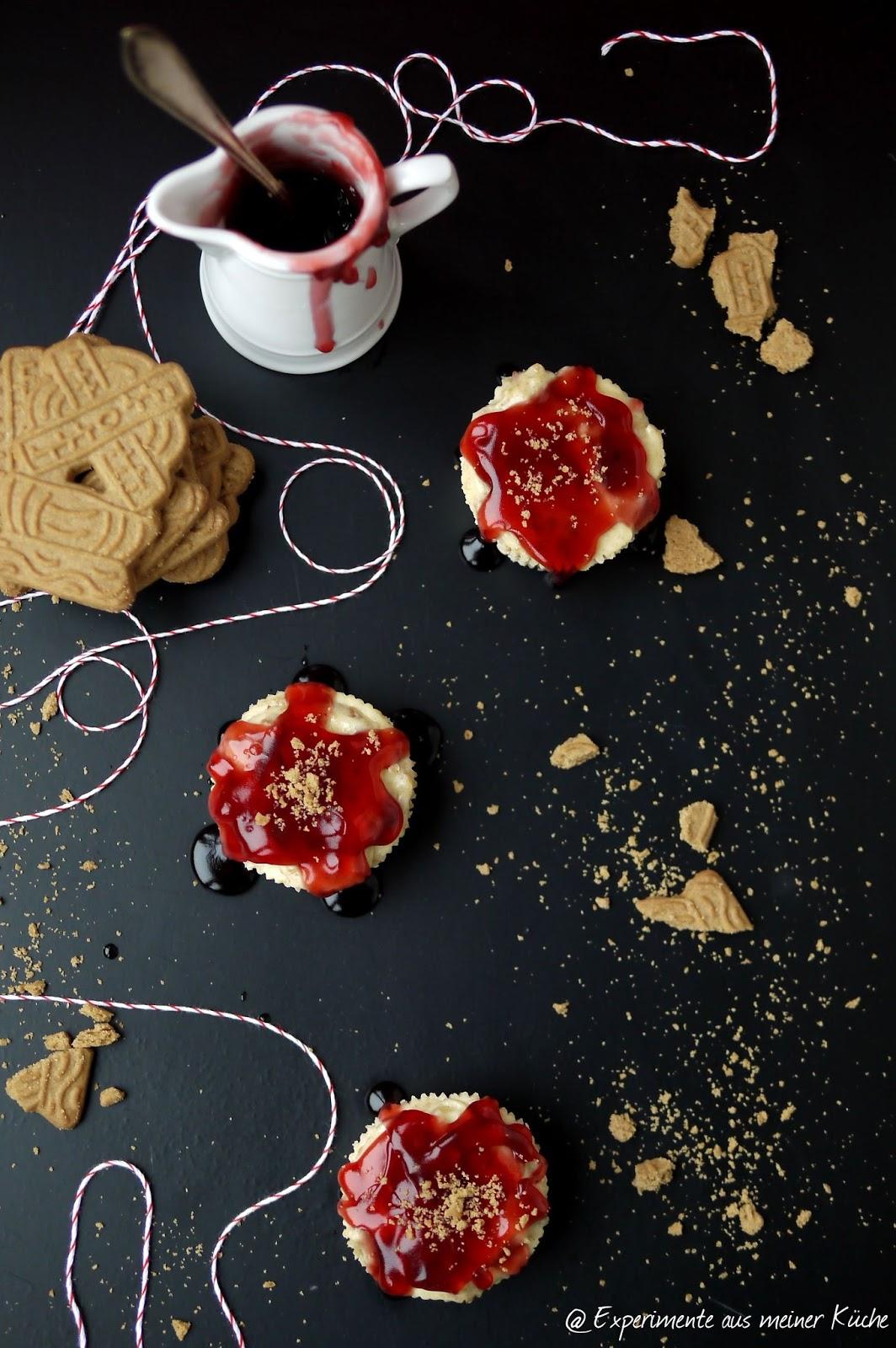 Experimente aus meiner Küche: Mini-Spekulatius-Cheesecake mit Heidelbeerglühwein-Topping