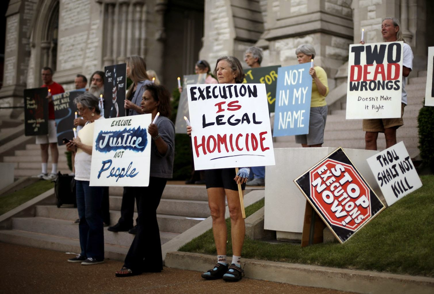 capital punishment essay christian opposition Capital punishment works: it deters crime even though foes of capital punishment have for years been increasingly vocal in their opposition to the death.
