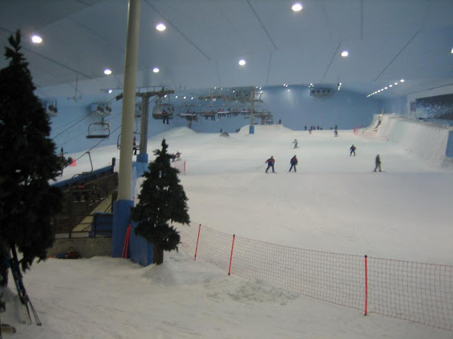 WORLD's LARGEST SNOW PARK