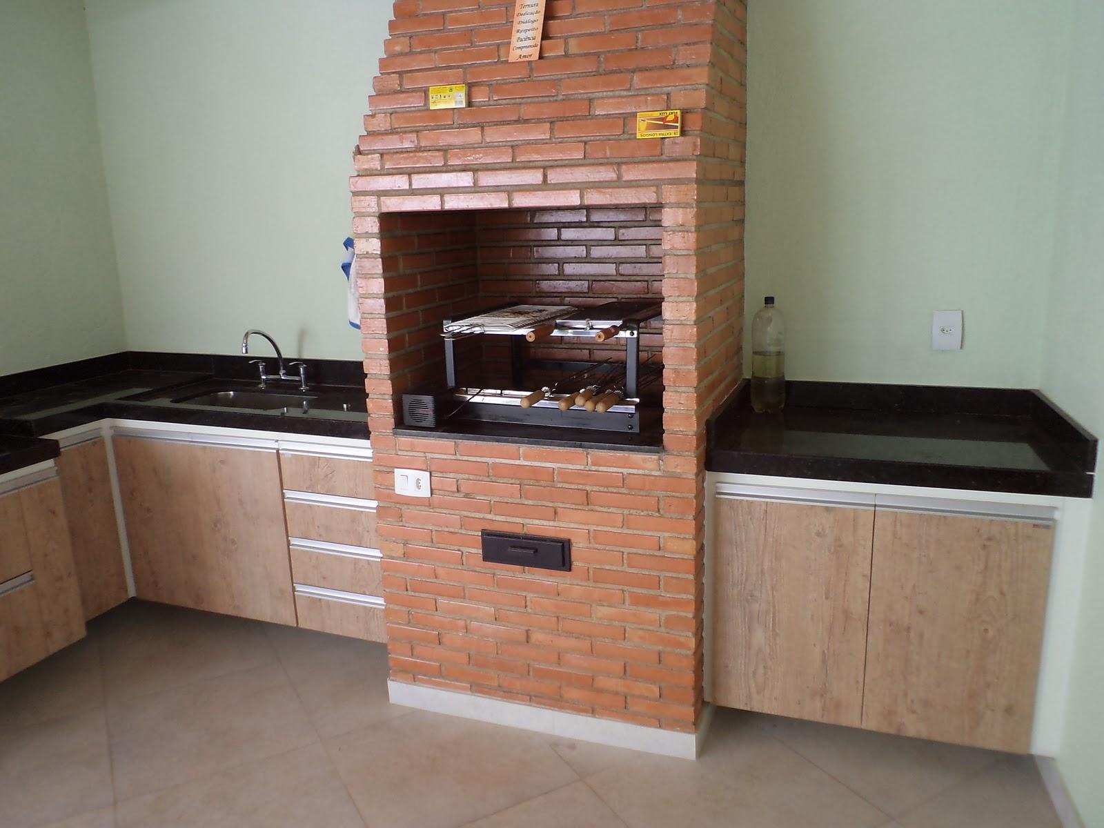 SPJ Móveis Planejados: Cozinha para área externa #8E593D 1600x1200