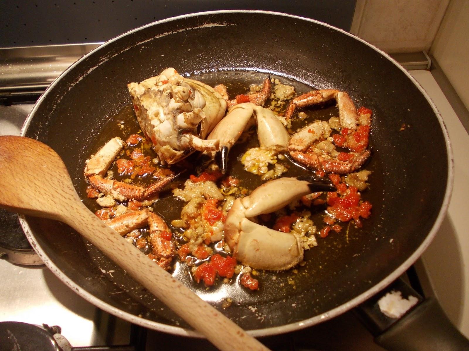 Spaghetti al granchio da la cucina di mr g su akkiapparicette for Cucinare granchio