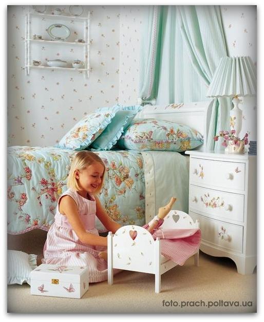 Детская мебель модели Flower Fairy furniture 2 от фабрики Dragons of Walton Street.