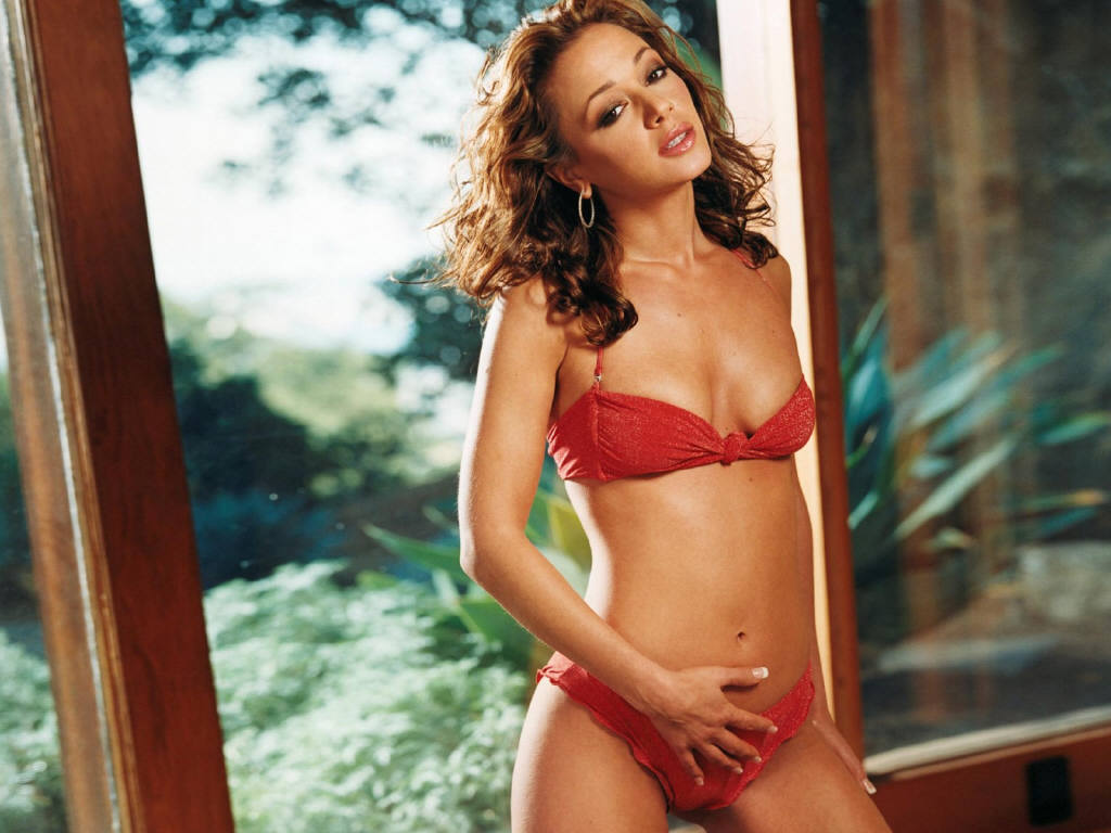 Leah Remini Wallpapers