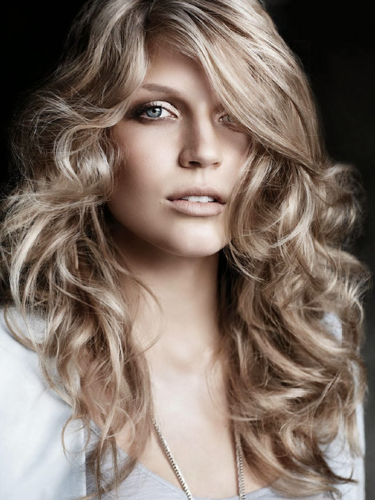 Easy Hairstyles For Curly Long Hair