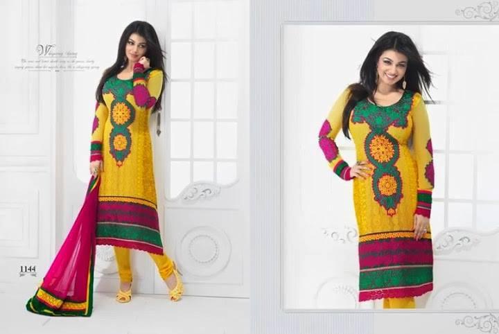 http://4.bp.blogspot.com/-5WNozrKXCtw/Ub8tc8TiaPI/AAAAAAABb9w/Mk659LkSz7k/s1600/Cute+Ayesha+Takia%27s+Photoshoot+in+Salwar++(7).jpg