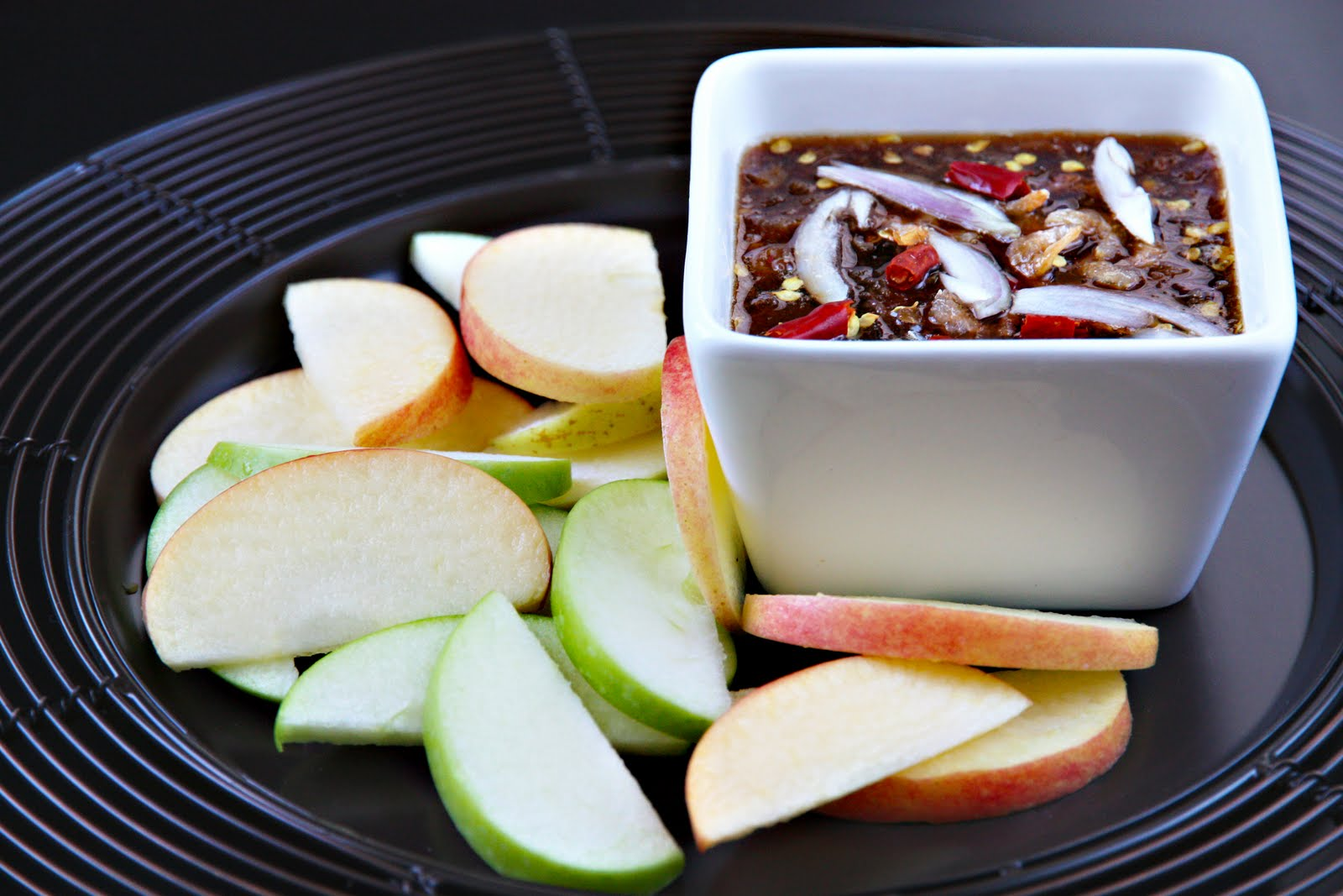 Apples With Thai Palm Sugar-Chili Dip Recipes — Dishmaps