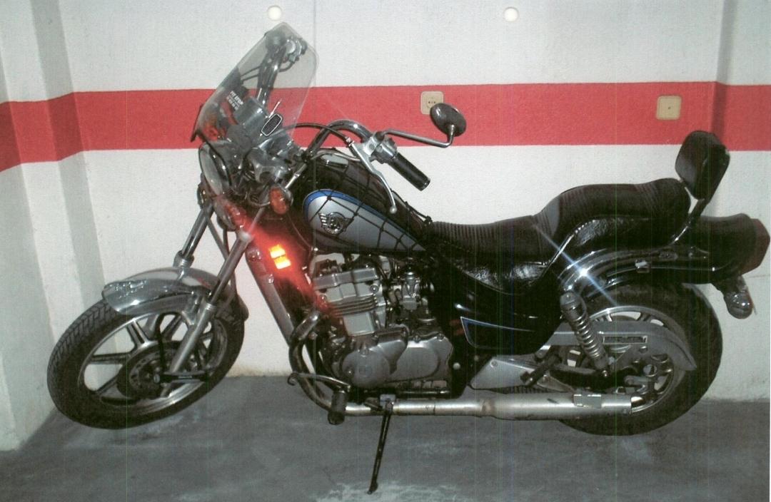 LEGO TECHNIC MOTORCYCLES  Kawasaki EN 500 by Miguel Ganh  o